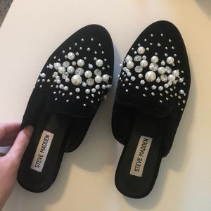 Gorgeous Steve Madden Pearl Mules